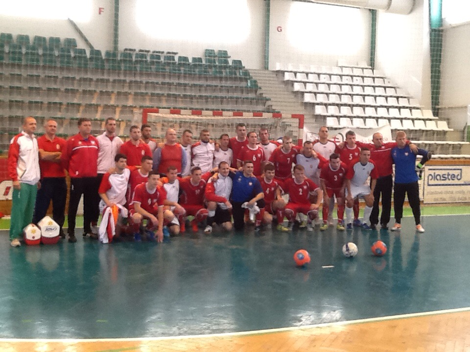 Közös fotó a tornagyőztes lengyel csapattal